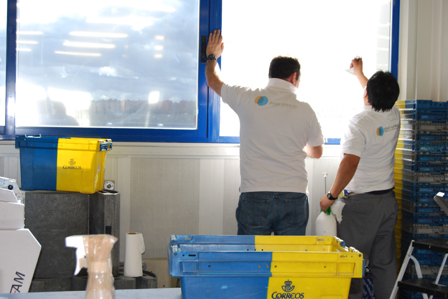 L minas solares para ventanas y l minas para tintado de for Oficina correos coslada